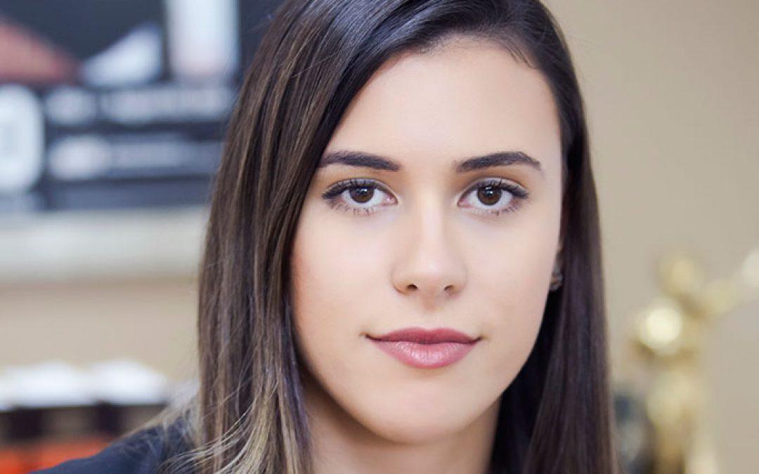 Dra. Renata Amaral Farias